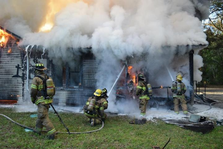 Biker Club House Burns Down, USMVMC club house